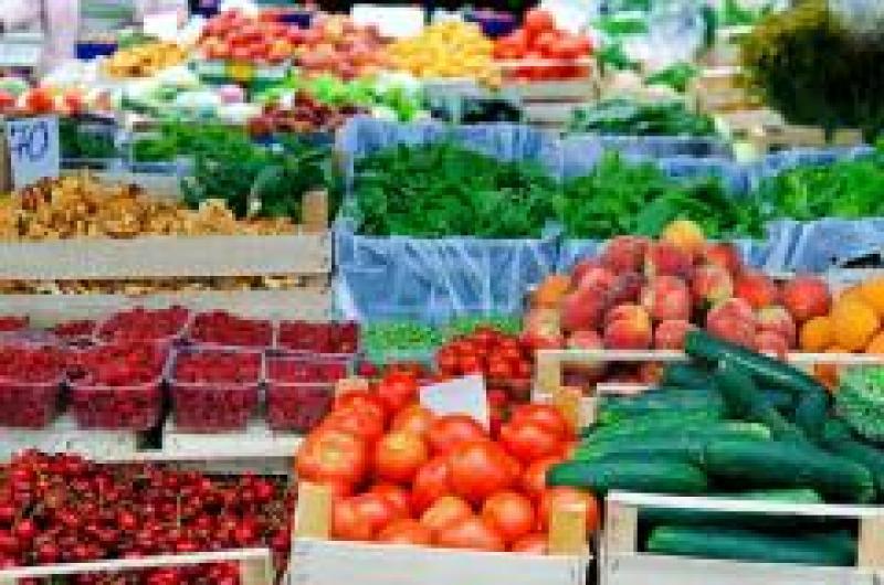 420 mil personas en el mundo mueren anualmente por comer alimentos contaminados