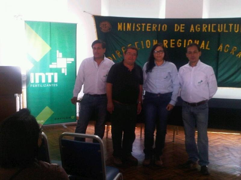 AGRICULTORES DEL SUR DE PAIS SON CAPACITADOS EN FERTILIZACION POR GAVILON PERU (FERTILIZANTES INTI)