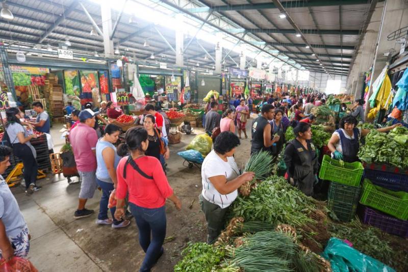 Ayer ingresaron más de 8.700 toneladas de alimentos a mercados mayoristas de Lima