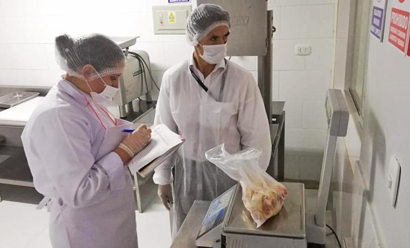 Cajamarca: analizan alimentos agropecuarios para determinar condición sanitaria