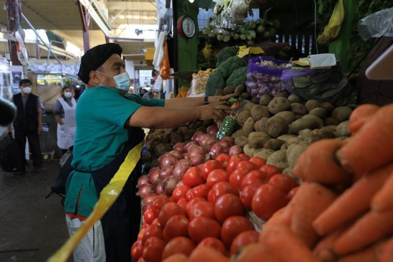 Costo de canasta básica de alimentos subiría a S/ 806 por alza de precios