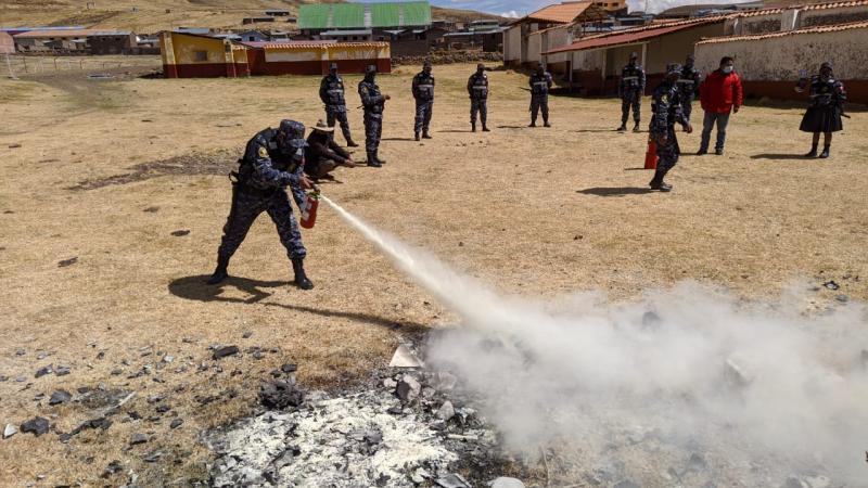 Cusco: comuneros se capacitan en tambos para prevenir incendios forestales