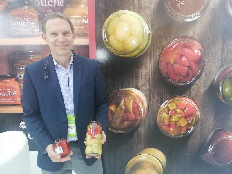 Ecosac exportará mil contenedores de pimientos en conserva este año