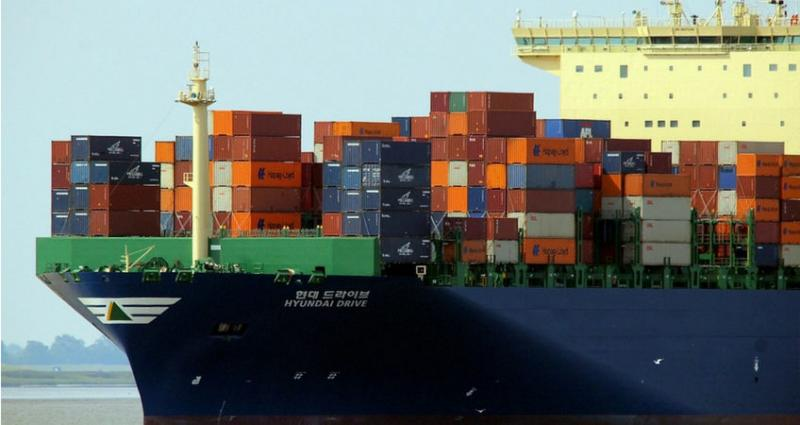 El stock de contenedores en los puertos de Europa y EE.UU. llega a mínimos históricos