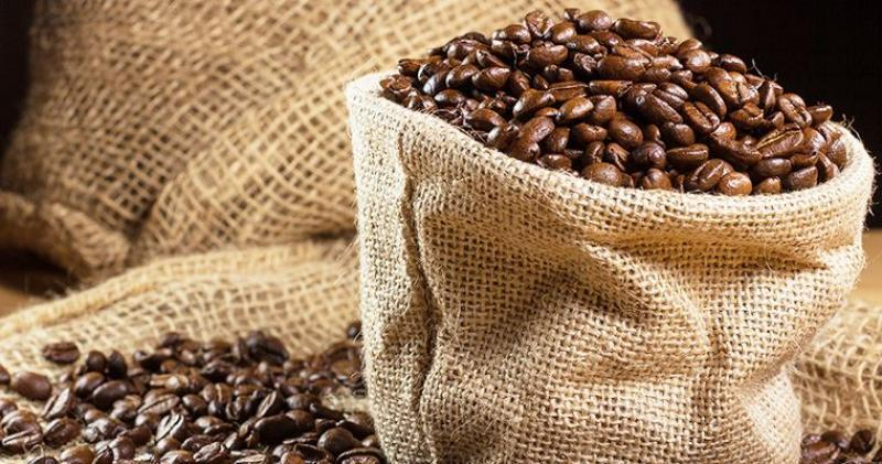 Exportaciones peruanas de café se contraen 23% en volumen entre enero y agosto del 2021