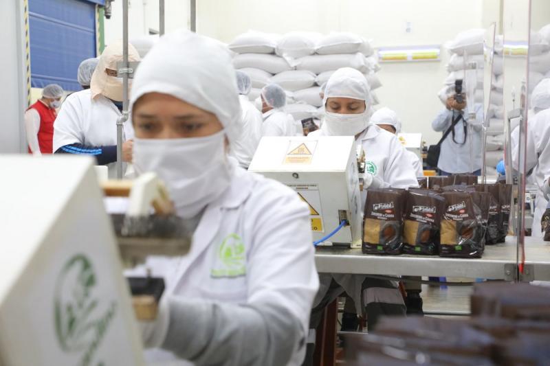 Ministerio de la Producción impulsa modelo cooperativo en pesca y agroindustria