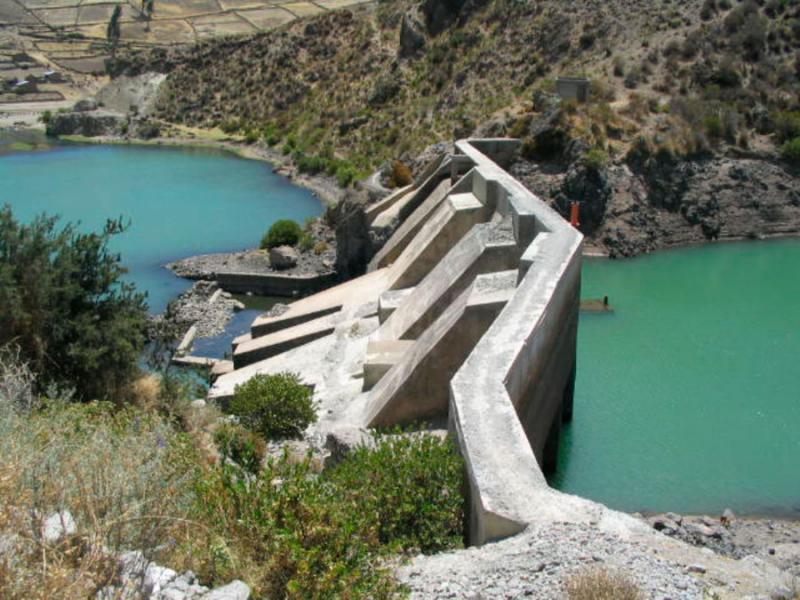 Perú necesita construir 44 grandes represas cuya inversión ascendería a US$ 15.000 millones