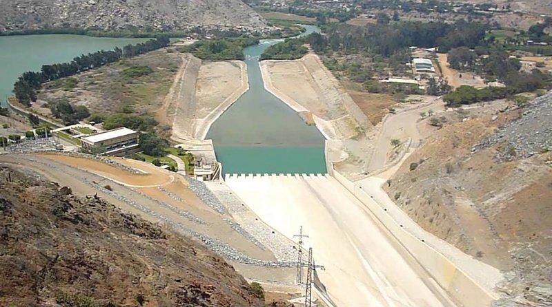 Se debe discutir y plantear modelos alternativos para la asignación de las tierras que se generen a través de los grandes proyectos de irrigación