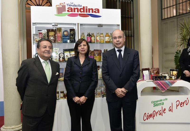 TIENDECITA ANDINA SE INSTALARÁ EN 30 EMBAJADAS Y CONSULADOS DE PERU EN EL MUNDO