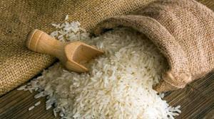 Arroz embolsado cede espacio al arroz a granel
