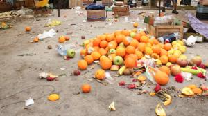 Casi el 55% de los alimentos que se desperdician en el mundo son frutas y verduras
