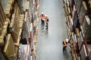 Conoce los beneficios de usar tecnología para la gestión de inventarios