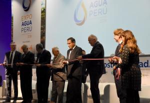 """""""Debemos pasar de la necesidad a la sostenibilidad del agua"""""""
