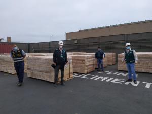 Decomisan madera que iba a ser exportada a China