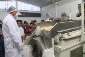 DRA Huancavelica inauguró Planta de procesamiento de Cereales en  Acostambo