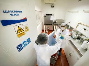 Laboratorios de Sanipes obtienen resultados satisfactorios en ensayo internacional por cuarta vez consecutiva