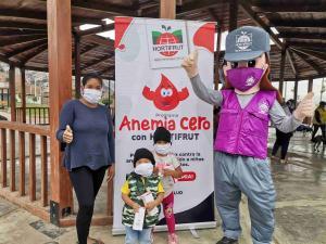 Más de 400 niños participaron en campañas de despistaje de anemia de Hortifrut en Valle de Dios y Nuevo Chao