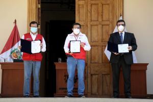 Minagri y GORE La Libertad firmaron convenio para destrabar tercera etapa de Chavimochic