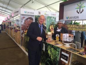 """""""Para USAID, el cacao y el chocolate son símbolos del cambio de vidas y nuevas oportunidades para muchos en el Perú"""""""