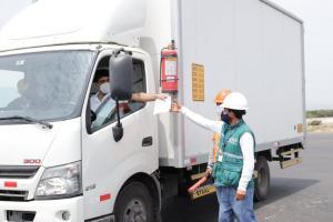 Perú contará con 18 nuevos puestos de control que contribuirán a la erradicación de la mosca de la fruta