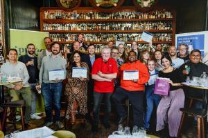 Pisco presente en Países Bajos saluda primera generación de Especialistas en nuestra bebida de bandera