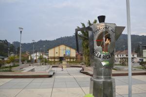 Presentarán la cafetera más grande del mundo donde se puede preparar hasta mil litros de café