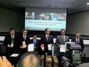 PRESIDENTE VIZCARRA ¿Y EL AGRO PA' CUANDO?