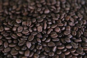 Producción mundial de café disminuirá 0.9% en 2019-2020