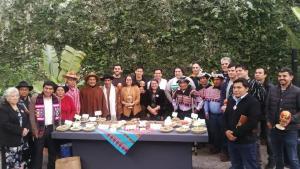 Productores andinos realizan acto de reconocimiento a cocineros