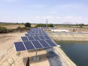 Qomir reemplaza consumo de combustible o electricidad por paneles solares
