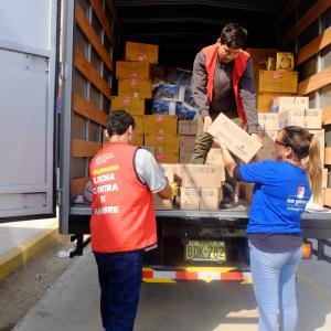 San Fernando y Banco de Alimentos brindaron alimentos con aporte proteico a damnificados de Villa El Salvador