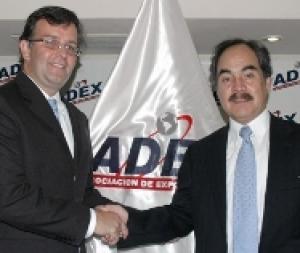 VARILIAS ASUME OFICIALMENTE LA PRESIDENCIA DE ADEX