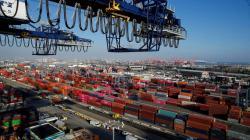 El tráfico de contenedores de los puertos de New York y Los Ángeles se resiente