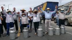 Ganaderos lecheros anuncian movilización en Cajamarca, Arequipa, La Libertad y Lima para mañana