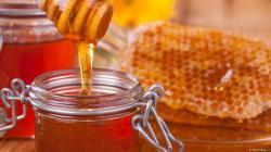 Indecopi fortalecerá lucha contra la venta de miel de abeja adulterada en supermercados y tiendas