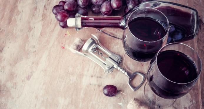 Producción mundial de vino disminuye 5% en 2016
