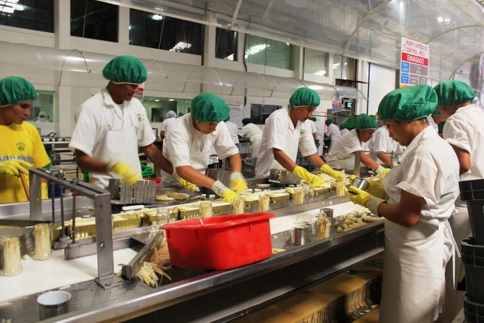 Adex pide a Digesa actitud proactiva para impulsar exportación de alimentos peruanos