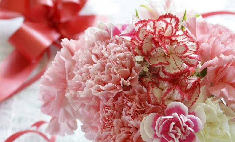 San Valentín impulsó el transporte de miles de toneladas de flores por vía aérea