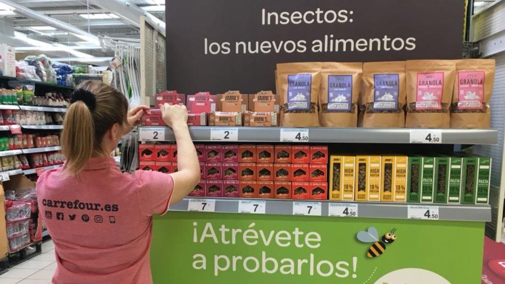 Carrefour lanza a la venta en Europa una gama de alimentos elaborados con  insectos