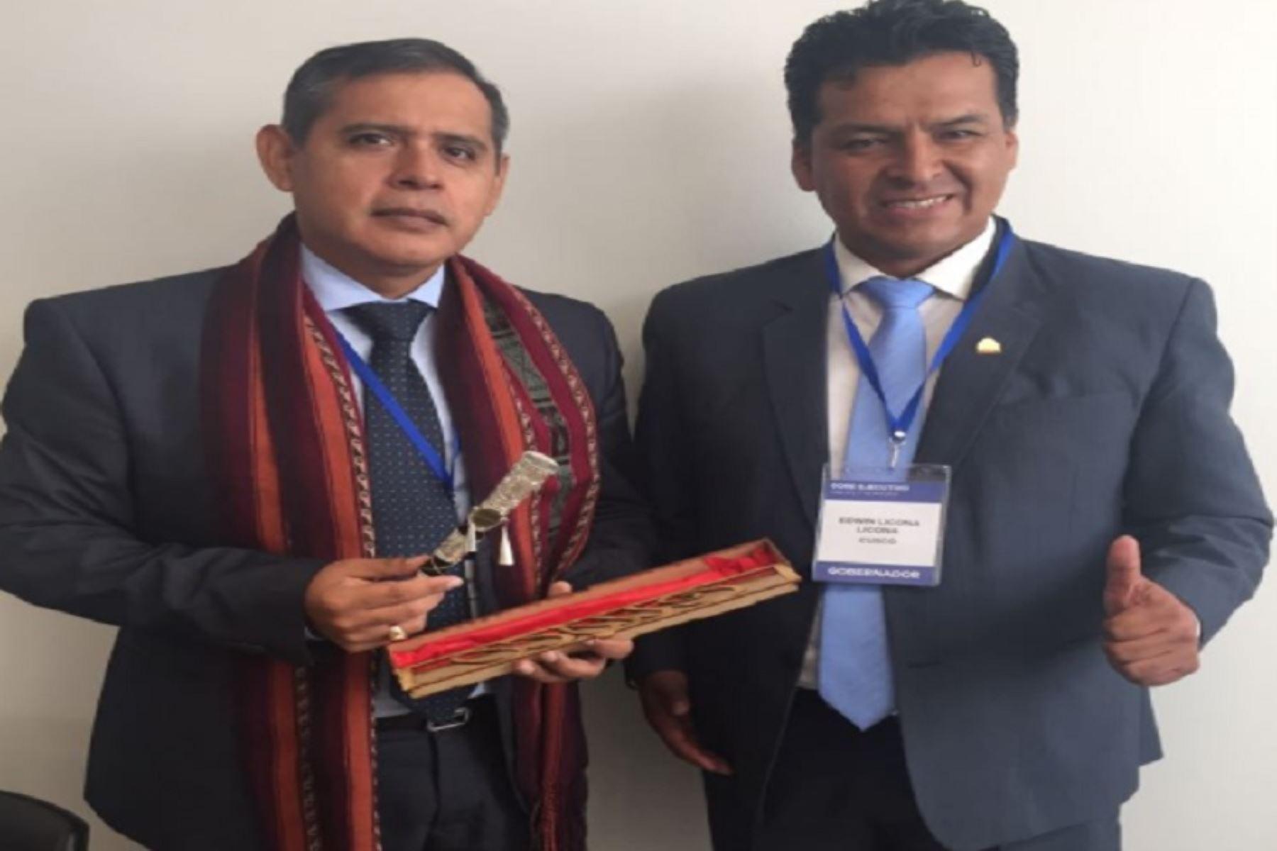 Minagri y GORE Cusco buscan sacar adelante proyecto de erradicación de mosca de la fruta en dicha región