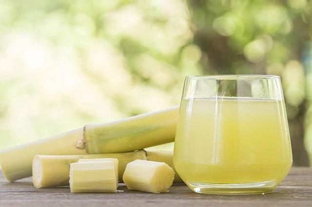 El zumo de caña, ¿una alternativa para la industria del azúcar frente a la tendencia de consumo s...