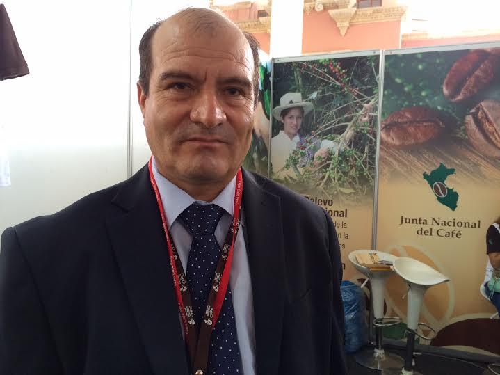 Perspectiva de sobreoferta mundial de café limita contratos de venta de grano aromático peruano